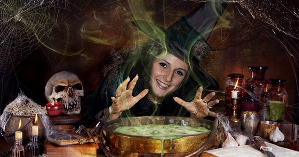 Let's Create Your Own Witch Photo This Halloween